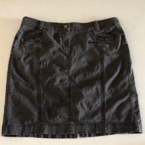 🟢3/$25🟢 Size 10 Esprit dark gray skirt